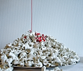 2011, Each animal is ca. 5cm Porcelain.